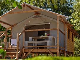 Lodges en bois et cabanes perchées
