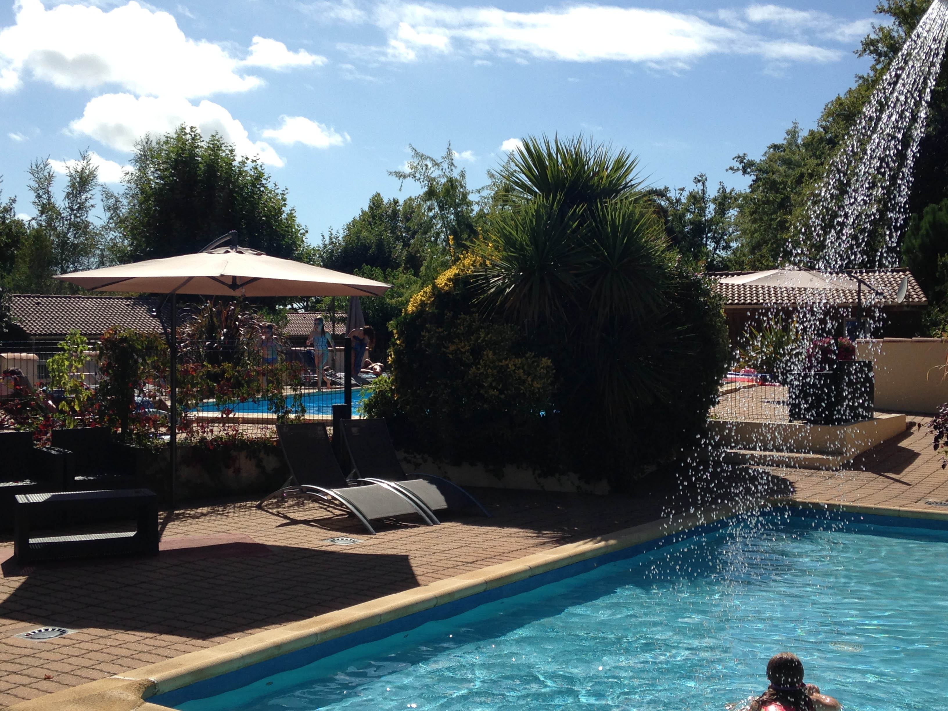 Camping 4 étoiles piscine Ares