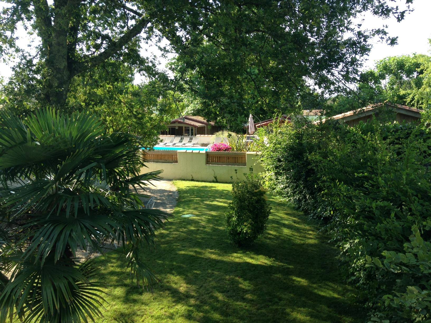 camping 4* avec piscine chauffée Ares